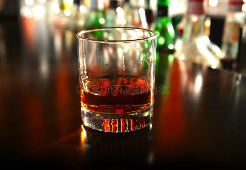 Vidrio de whisky fotografía de archivo