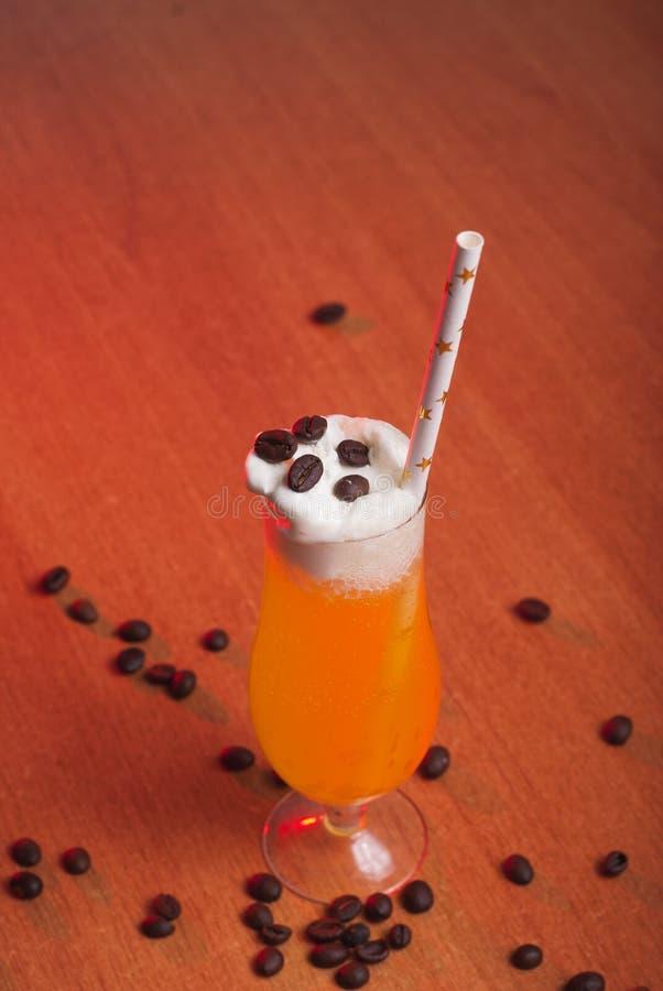 Vidrio delicioso de jugo de la calabaza, fotografía de archivo libre de regalías