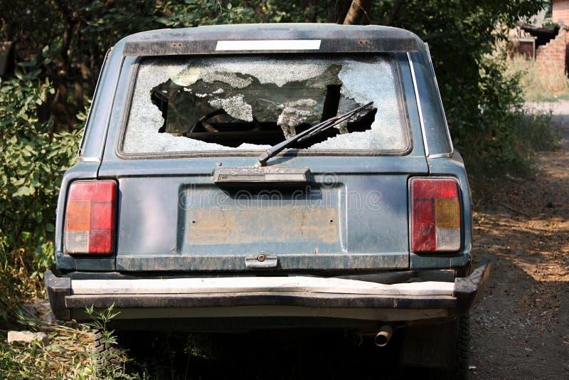 Vidrio quebrado del coche imágenes de archivo libres de regalías