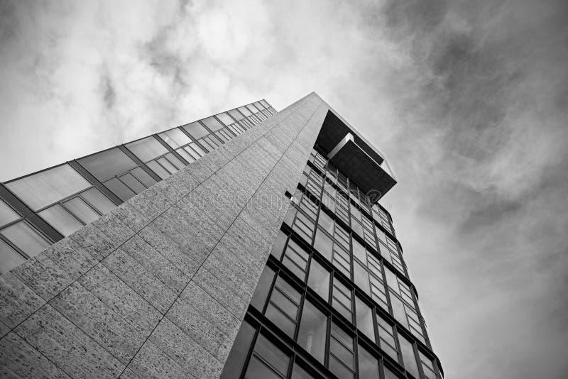 Vidrio y hormigón corporativos imagen de archivo libre de regalías
