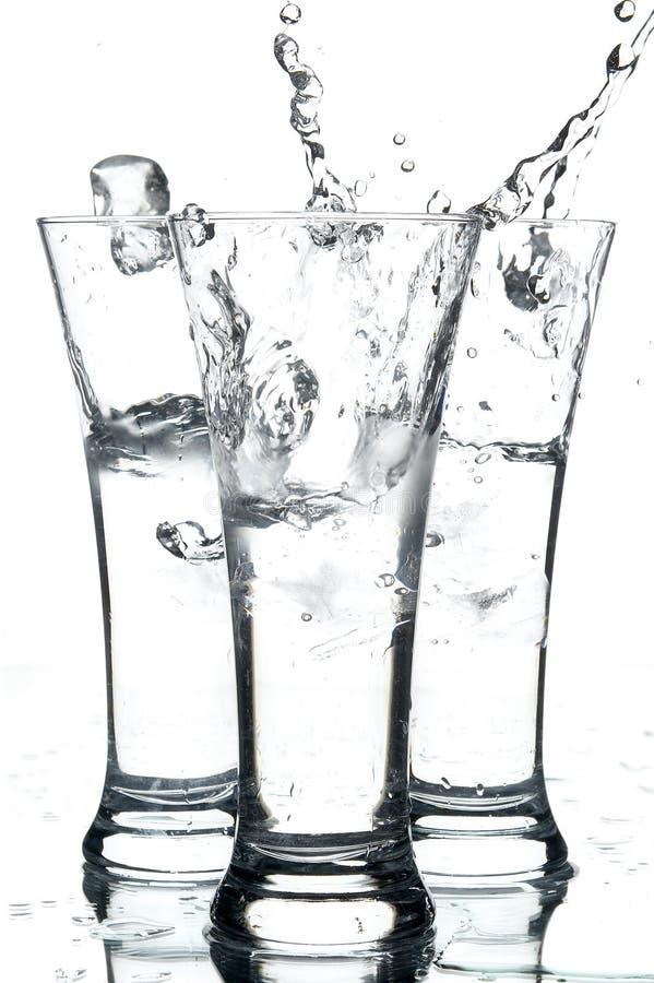Vidrios con agua imágenes de archivo libres de regalías