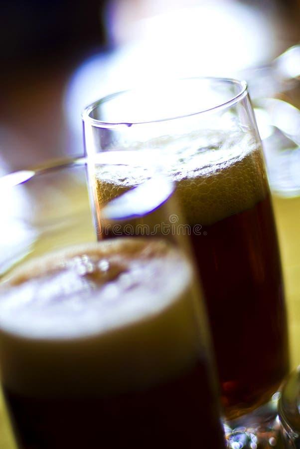 Vidrios con la cerveza fotografía de archivo libre de regalías