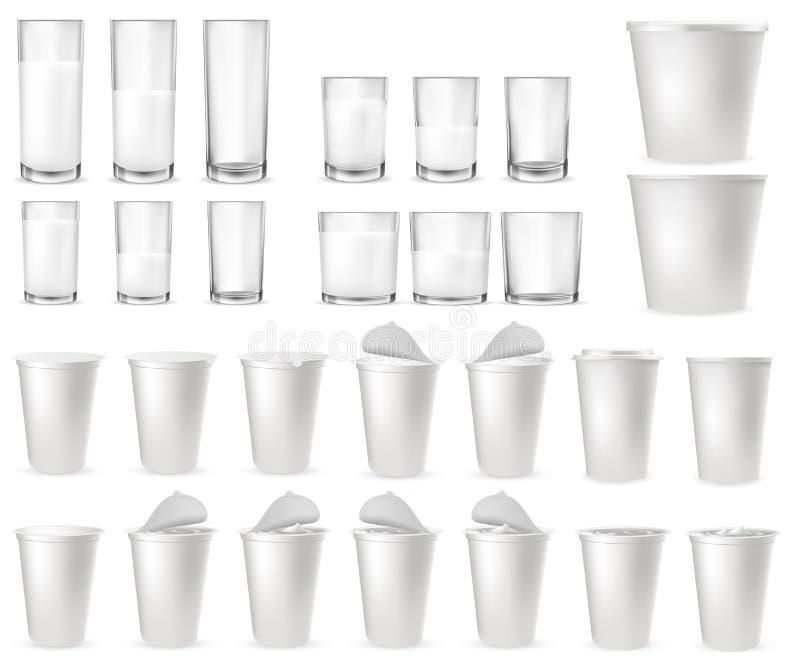 Vidrios de cristal realistas, tazas plásticas, paquetes libre illustration