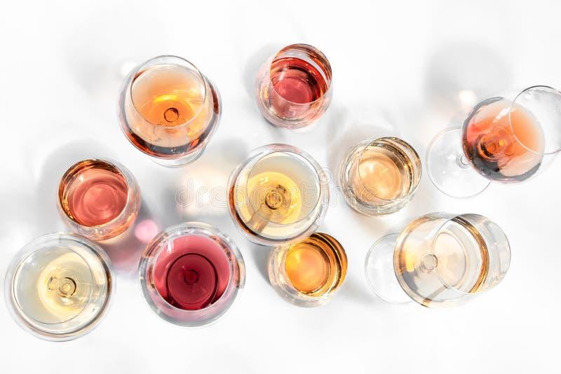 Vidrios de Rosé para todo el mundo foto de archivo libre de regalías
