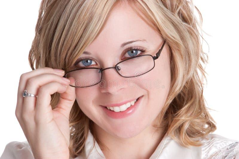 Vidrios que desgastan de la mujer imagenes de archivo