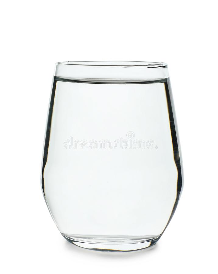 Vidro da água fresca limpa no fundo branco fotografia de stock royalty free
