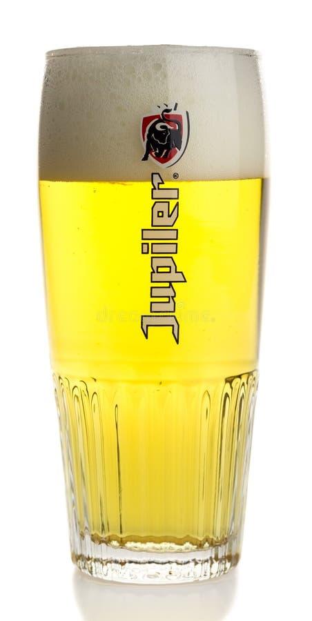 Vidro da cerveja de Jupiler do belga fotos de stock royalty free