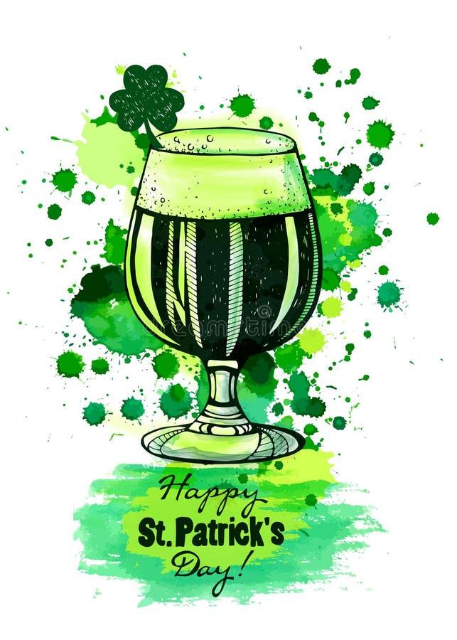 Vidro da cerveja verde, dia do ` s de patrick fotos de stock