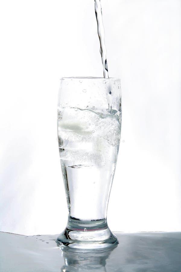Vidro de água fotografia de stock royalty free