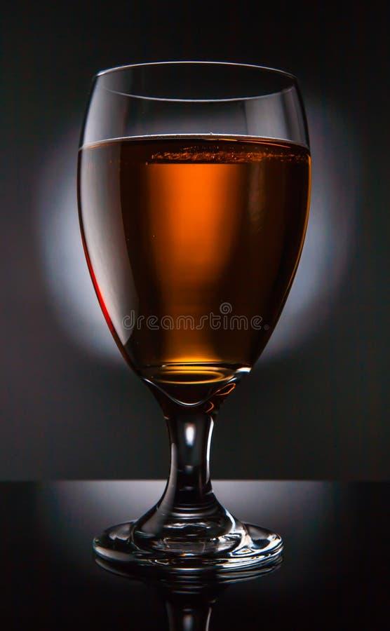 Vidro de cerveja imagem de stock