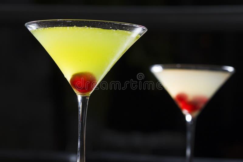 Vidro de cocktail de Matini fotografia de stock royalty free