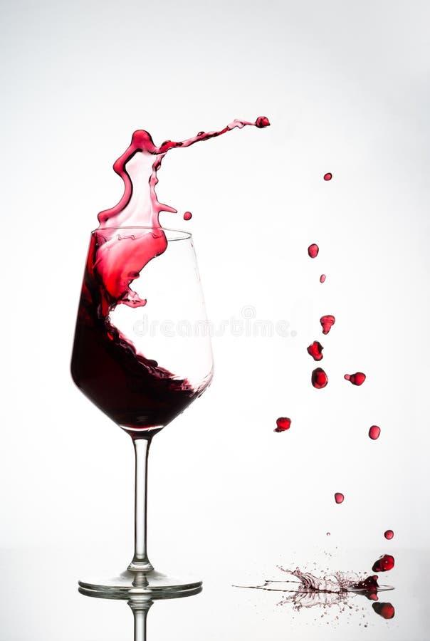 Vidro de vinho de alta velocidade fotografia de stock royalty free
