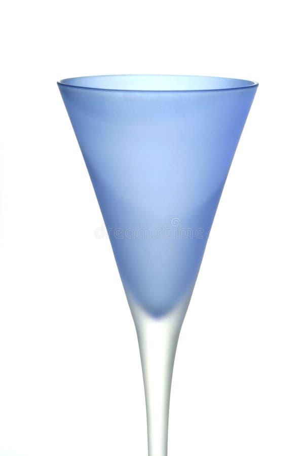 Vidro de vinho azul fotografia de stock royalty free