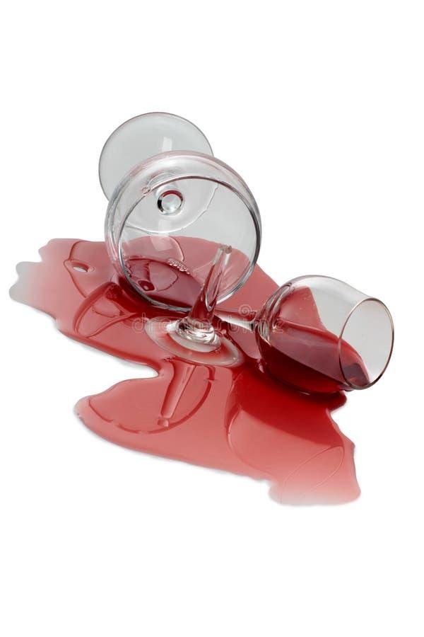 Vidro de vinho tinto quebrado nove imagem de stock