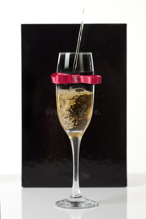 Vidro decorado do champanhe fotos de stock