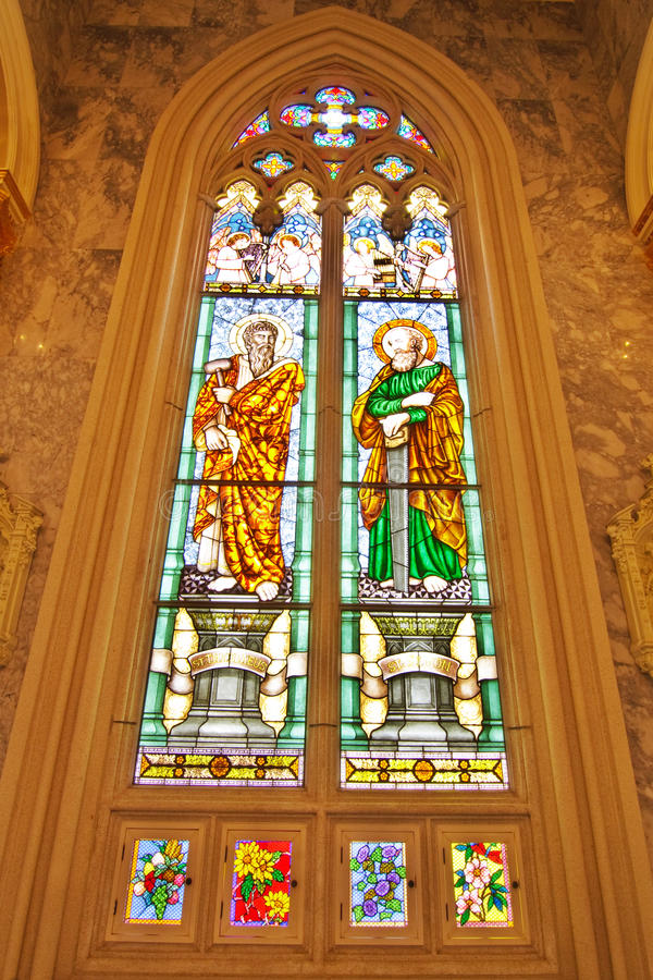 Vidro manchado do ST. Thaddaeus e do ST. Simon imagem de stock