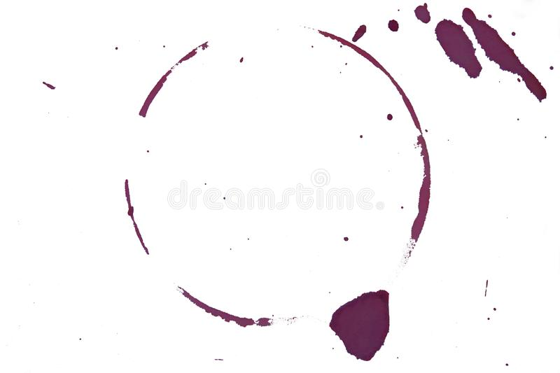 Vidro Ring Roxo Mancha num Fundo Branco imagem de stock
