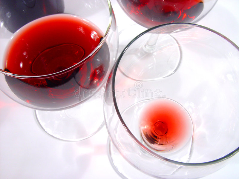Download Vidros foto de stock. Imagem de wineglasses, vidros, nightlife - 105186