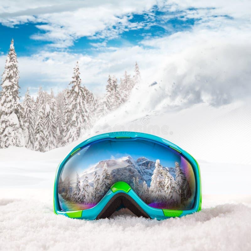 Vidros coloridos do esqui imagens de stock