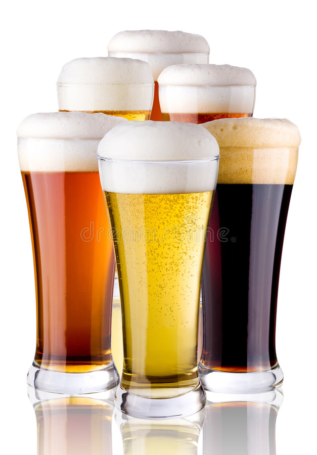 Vidros com cerveja foto de stock