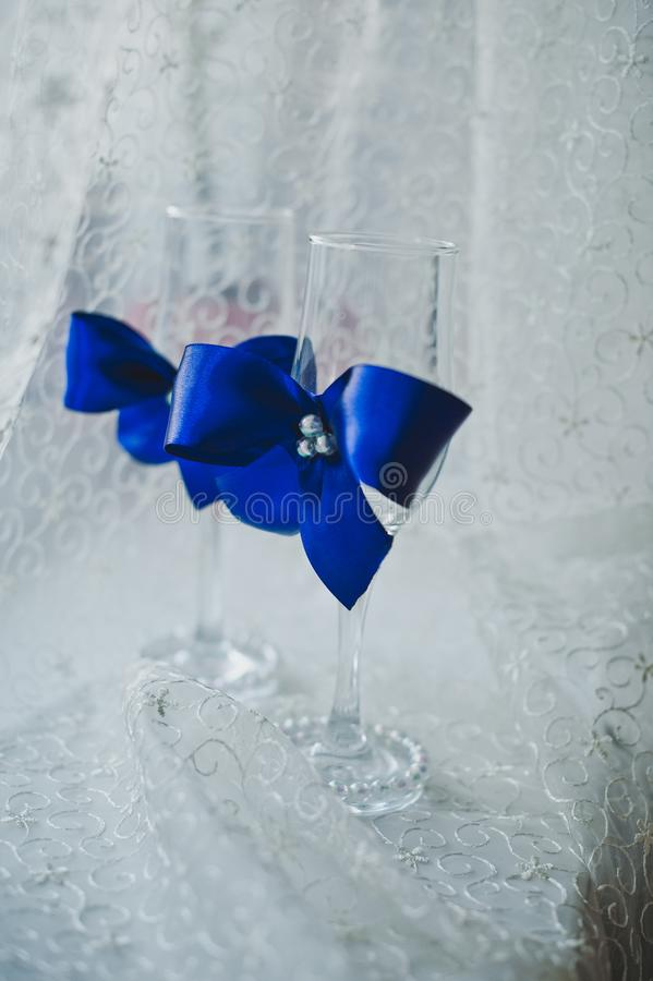 Vidros com curvas azuis 4601 fotos de stock royalty free