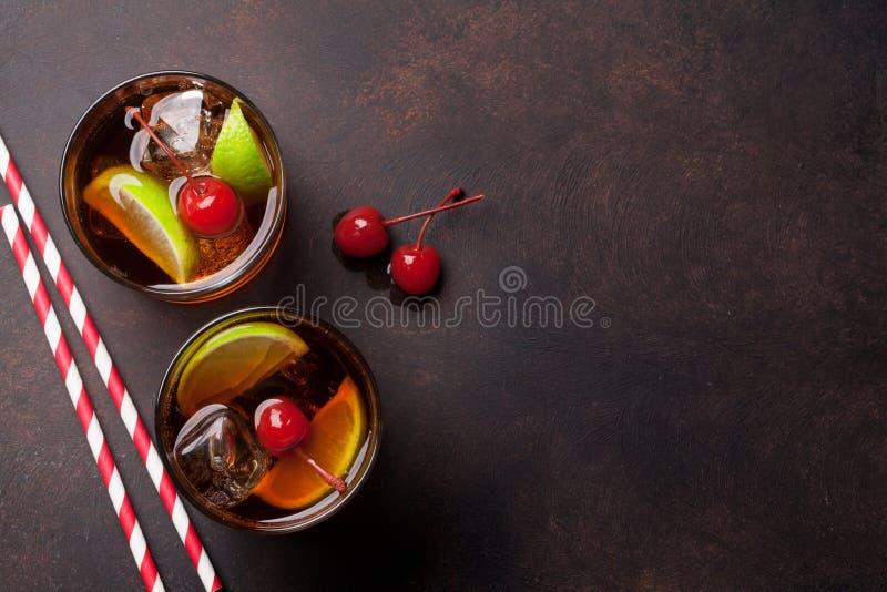 Vidros de cocktail do libre de Cuba fotos de stock