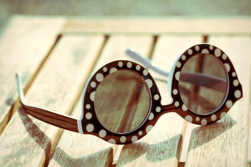 Vidros de sol do vintage fotografia de stock royalty free