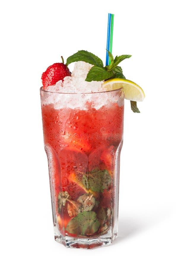 Vidros de sucos de fruta com cubos de gelo foto de stock royalty free