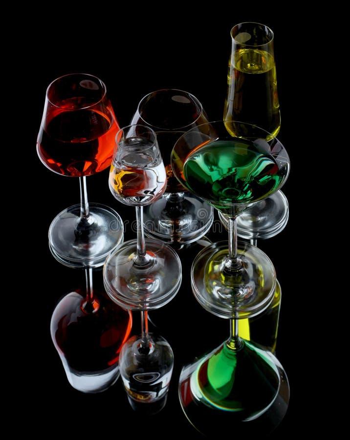 Download Vidros de vinho foto de stock. Imagem de wineglass, objetos - 12807972