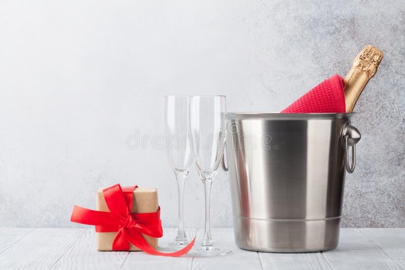 Vidros do champanhe de Rosa fotos de stock