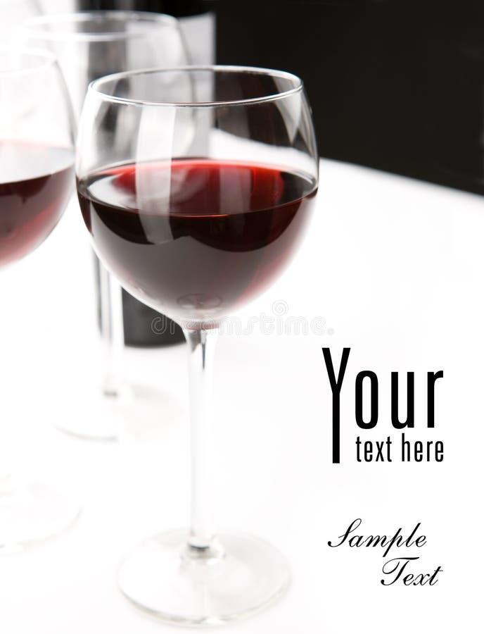Vidros do vinho vermelho fotos de stock royalty free