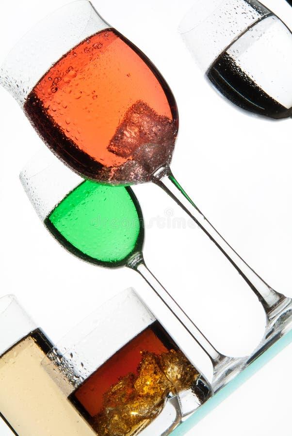 Vidros e líquidos fotografia de stock royalty free
