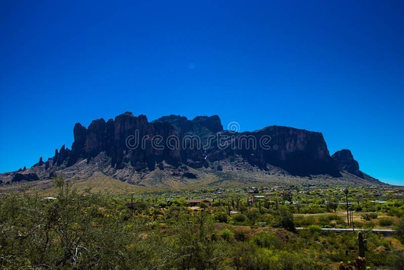 Vidskepelseberg av Arizona royaltyfria bilder
