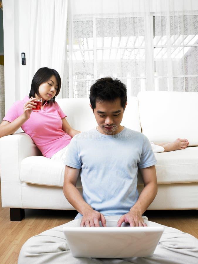 vie de hall de couples image stock