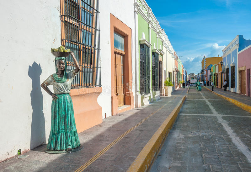 Vie della città coloniale di Campeche, Messico fotografia stock libera da diritti