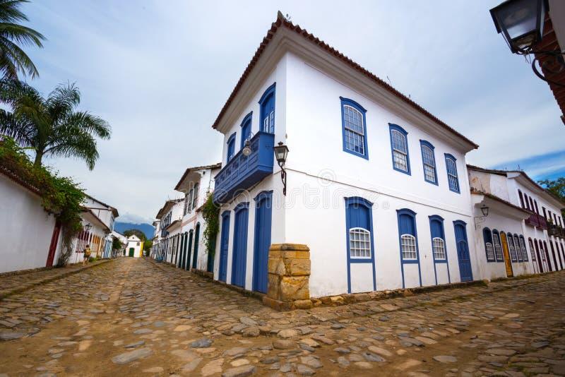 Vie della città storica Paraty Brasile immagine stock libera da diritti