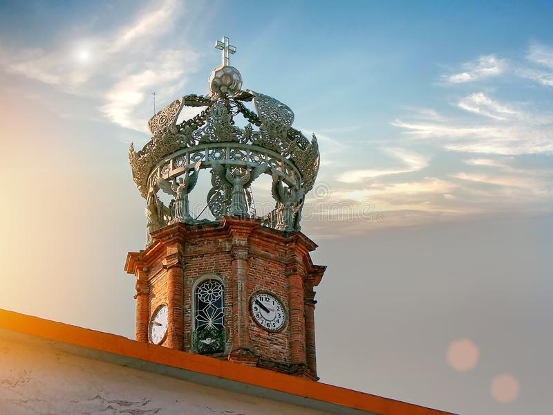 Vie di Puerto Vallarta al tramonto fotografie stock