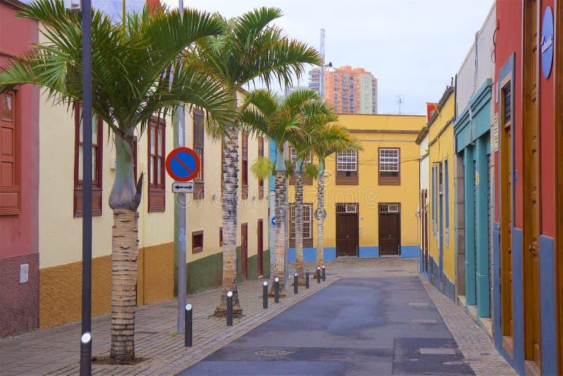Vie di Santa Cruz, Tenerife fotografie stock