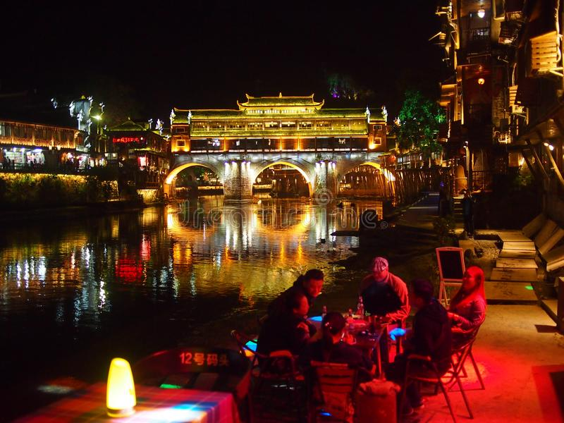 Vie nocturne de restaurant de Fenghuang photo stock