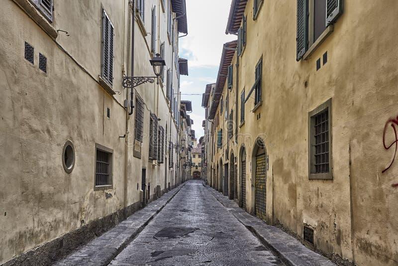Vie strette affascinanti della città di Firenze in Toscana, Italia fotografia stock libera da diritti