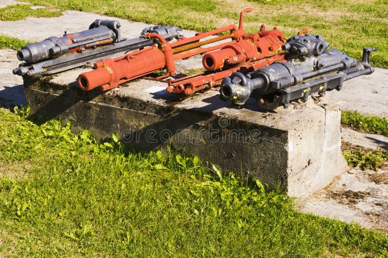 Vieil équipement d'abattage hydraulique photo stock