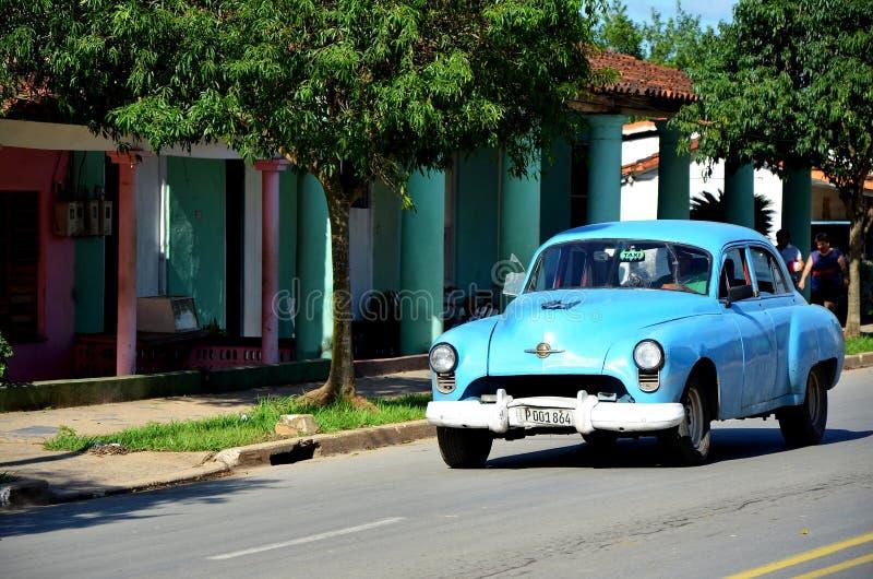 Vieil Américain Chevrolet, dans Vinales photographie stock libre de droits