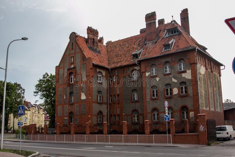 Vieil ancien manoir allemand dans Baltiysk - casernes d'infanterie sur le siège social de la base baltique de flotte photos stock