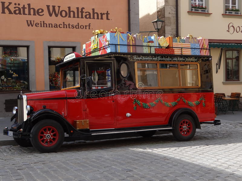 Vieil autobus allemand images libres de droits