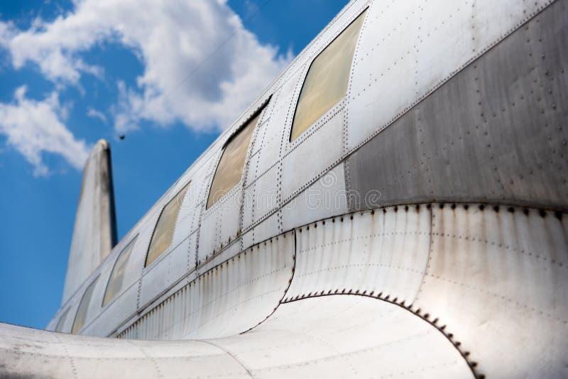 Vieil avion photographie stock libre de droits