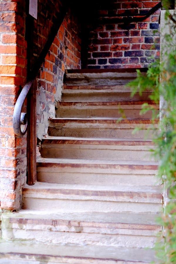 vieil escalier nature photo stock image du roche ch teau 69089274. Black Bedroom Furniture Sets. Home Design Ideas