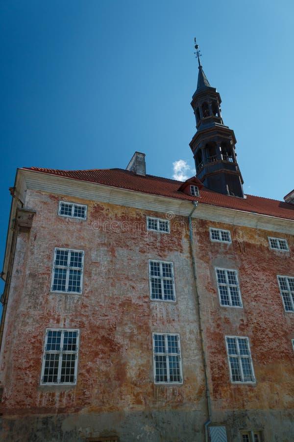 Vieil hôtel de ville dans Narva, Estonie image stock