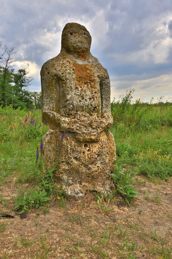 Vieil idole en pierre photographie stock