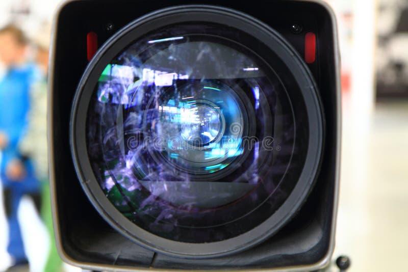 Vieil objectif de caméra de film photos stock