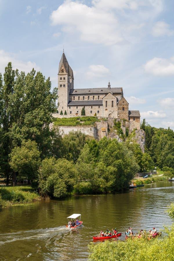 Vieille église catholique de basilique dans Dietkirchen, près de Limbourg, l'Allemagne photo libre de droits